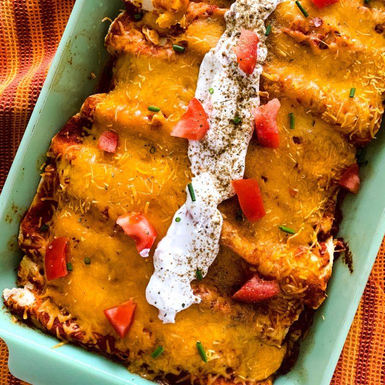 Cheesy Chicken Enchiladas - TheFrayedKnot.com
